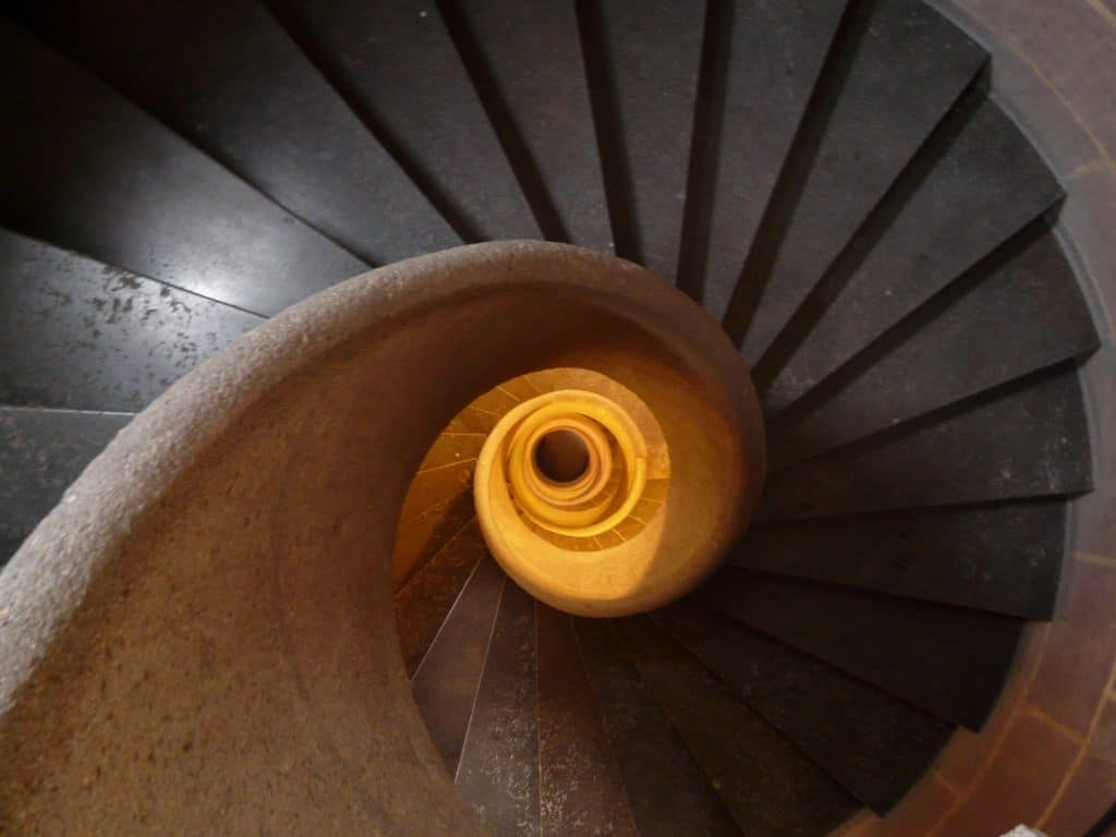 Spiral stairs when moving
